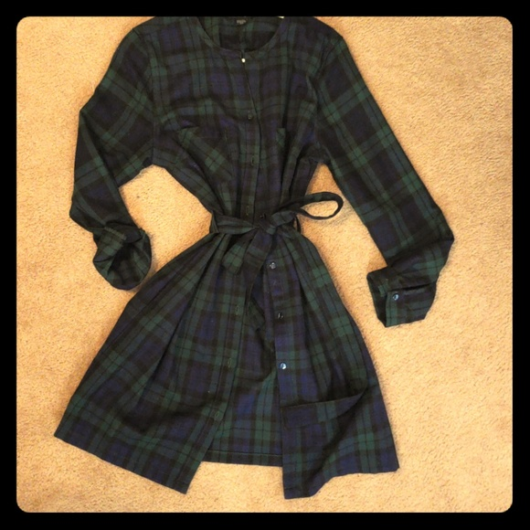 charlie paige Dresses & Skirts - Flannel dress!